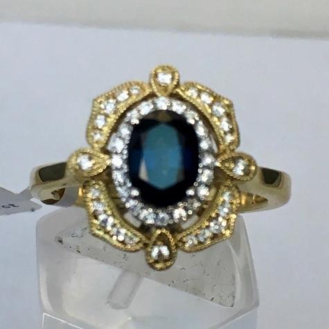 A2544-vintage-ring-sapphire-brisbane-jewellery-coorparoo-yeronga-wellington-point-redland-bay-redlands.jpg