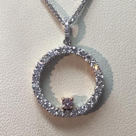 pink-diamond-white-diamond-circle-pendant-brisbane-making-jeweler.jpg