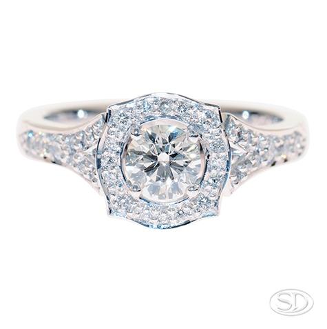 DSC7987-diamond-encrusted-engagment-dress-ring-antique-inspired-brisbane.jpg