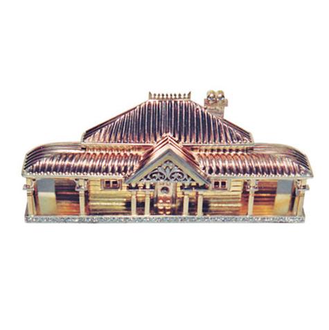 colonial Queenslander house brooch